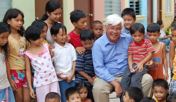 Tony Meloto & filipinos children